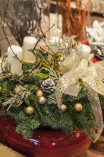 Fotografie květin, fotky květinových dekorací pro publikace na téma fotografie, květiny, kytky, dekorace, fotky, advent, christmas, decorating, decoration, flower, indoor, nobody, room, shopp, store, wreath